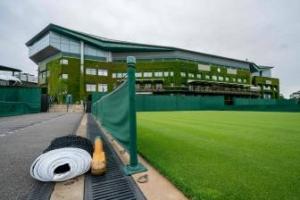 Wimbledon sopesa jugar en 2021 a puerta cerrada