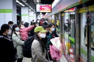 Después de dos meses, Wuhan comienza a retomar su vida cotidiana