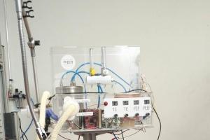 Ventilador mecánico en Medellín, listo para pruebas en seres vivos