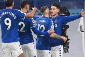 James anotó, pero Everton dejó escapar la victoria