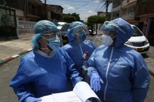 Van 822 muertes por covid-19 en Colombia; contagios ya son 25.366