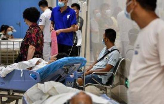 Covid: familiares de víctimas en Wuhan denuncian represión