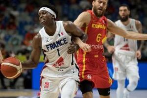 Los Mavs de Doncic, último tren en la NBA para Frank Ntikilina