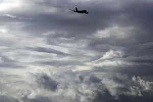 EU impone aranceles a aviones y vinos de la Unión Europea; autos en la mira