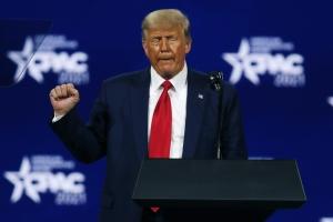 Trump insinúa que será candidato a la presidencia de EU en 2024