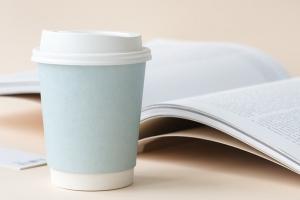¿Compras café diario? Mira por qué debes comenzar a llevar tu propia taza