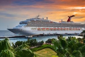 Carnival reanudará operaciones gradualmente y con menor flota