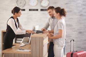 Personal certificado garantiza la satisfacción y preferencia de los huéspedes