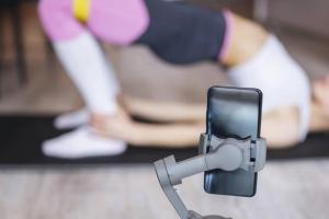 ¡Pilas!: el peligro de creer en los ejercicios de famosos en Instagram