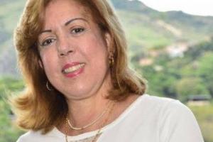 Gobernadora del Valle da buenas noticias acerca de su enfermedad