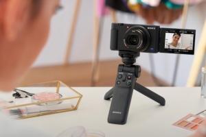 Sony presentó su nueva cámara centrada en creadores de contenido