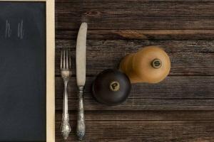 ¿Cómo llegaron la sal y la pimienta a estar juntas en mesas del mundo?