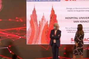Hospital San Ignacio recibe premio internacional por gestión empresarial
