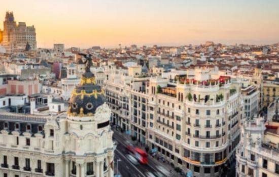Dos colombianas figuran entre las cien mujeres líderes de España